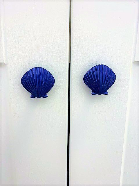 Blue-scallop-knobs