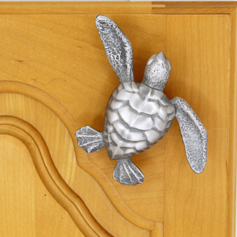 Large sea turtle knob
