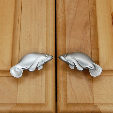 Manatee cabinet knob set - small - brushed nickel