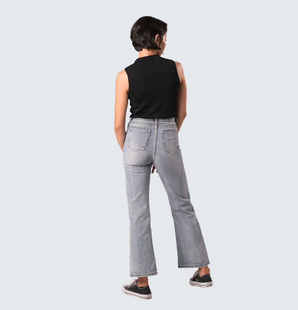 Bea Flare Jeans - Mantou Clothing