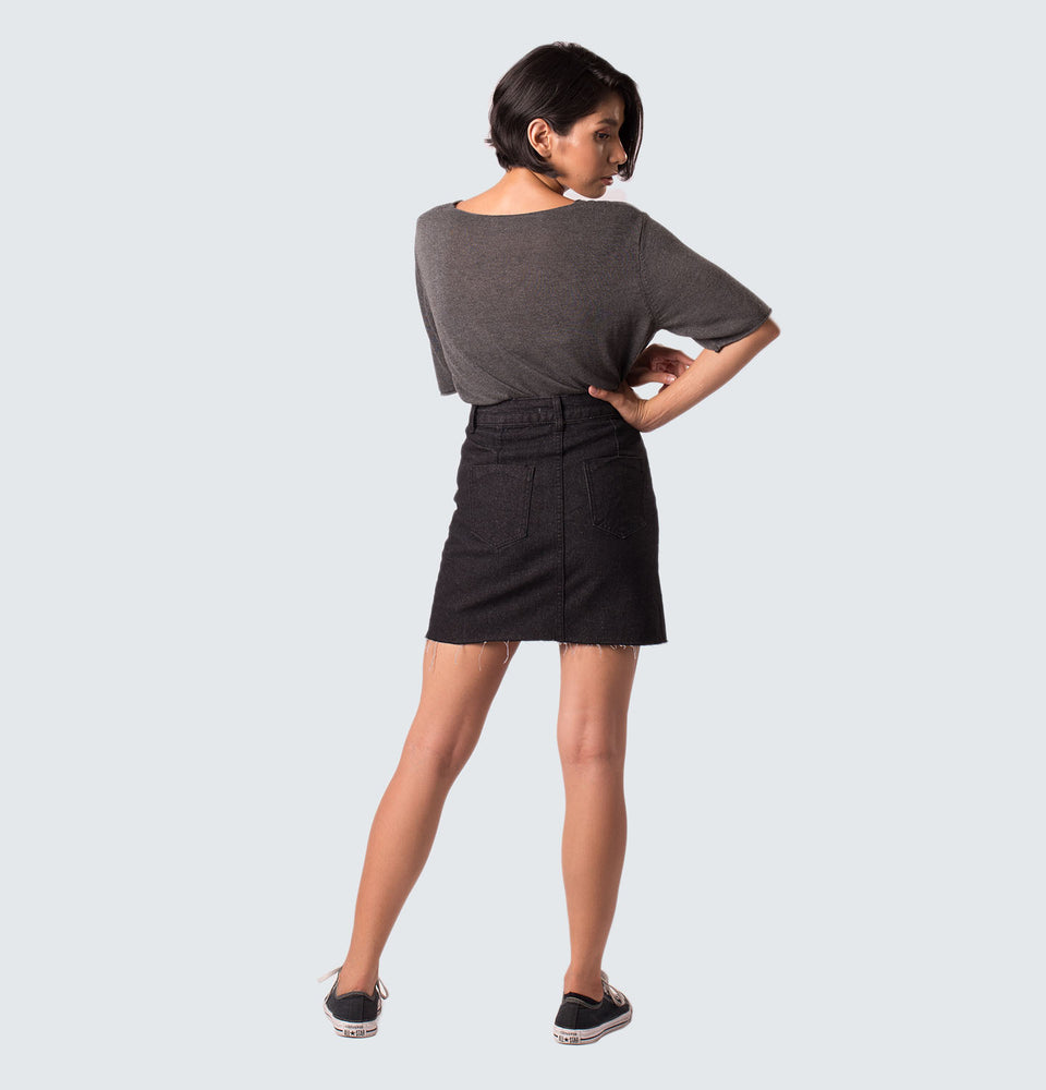 Cae Raw Hem Denim Skirt - Mantou Clothing