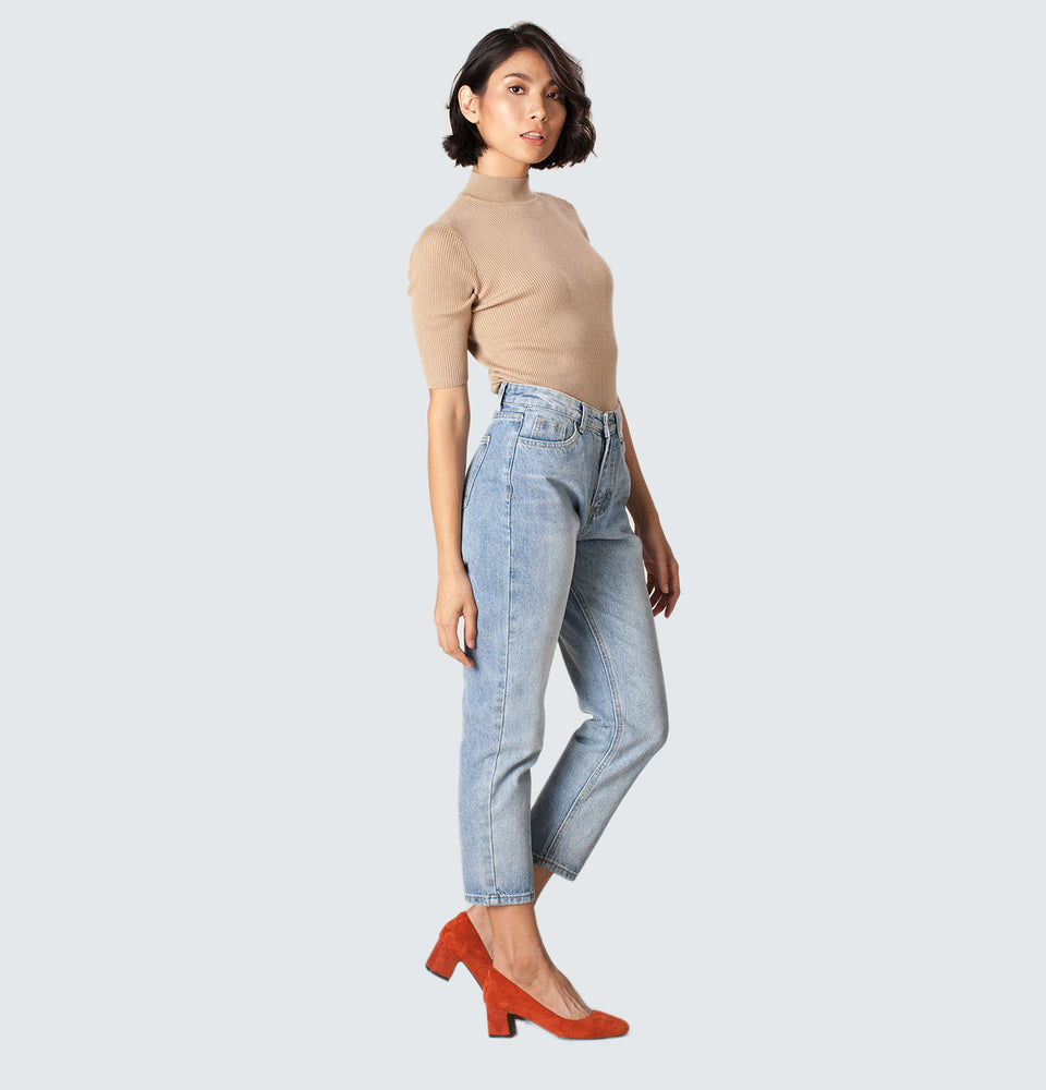 Light Blue High Rise Relaxed Jeans - Mantou Clothing