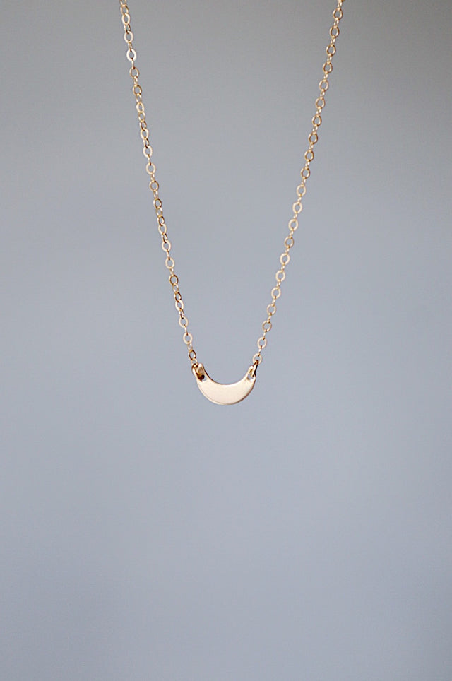 Floating Luna Necklace - Gold