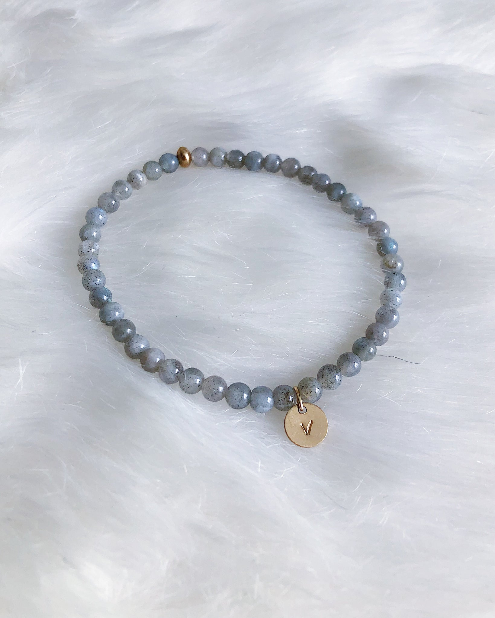 "Labradorite with ""v"" - Gold"