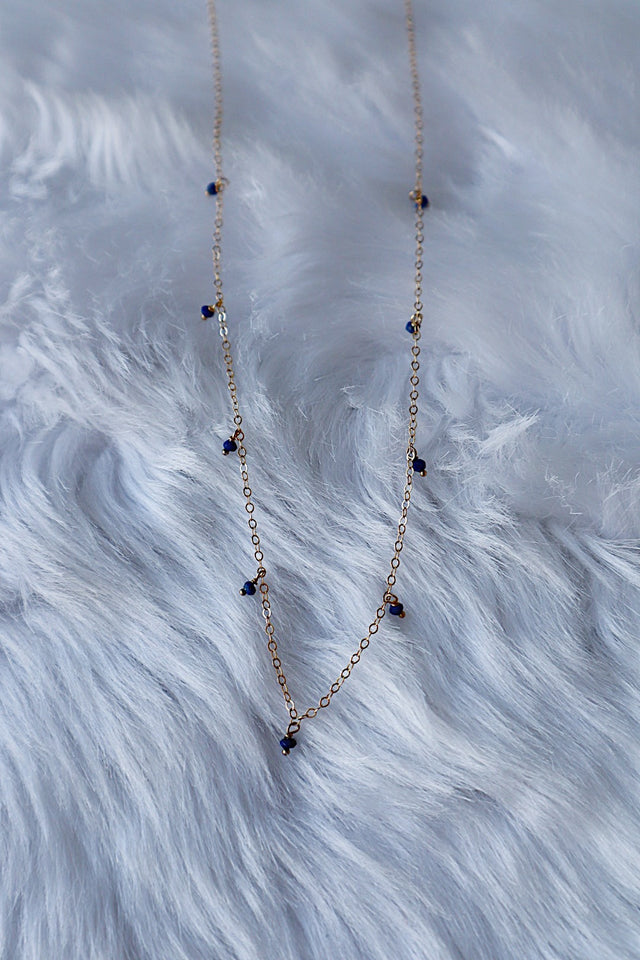 Lapis Lazuli Dripping Gems Necklace - Gold