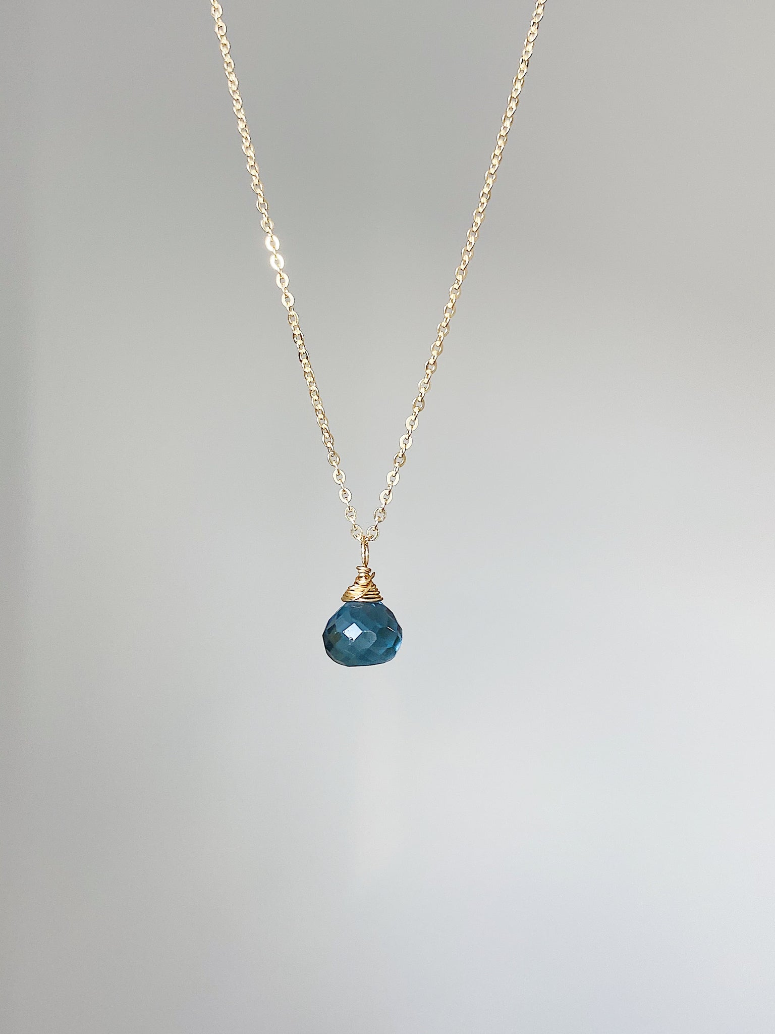 Blue Topaz Gemstone Necklace - Gold
