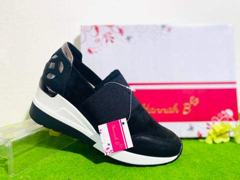 Hannah B - HB0206 black wedge trainer