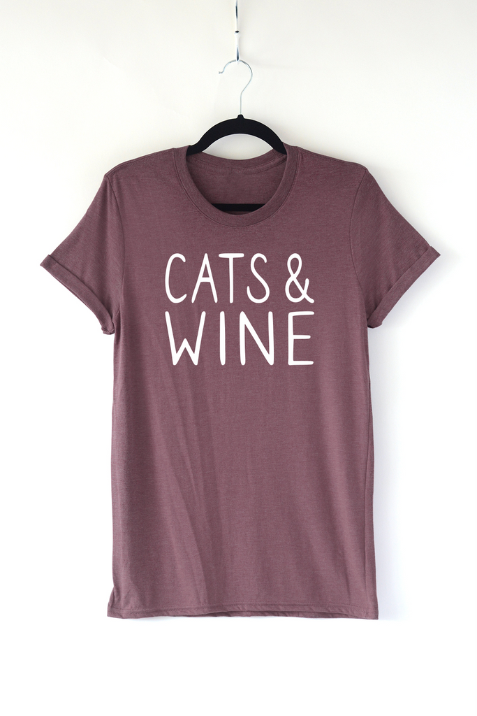 Lucky Franklin Cats and Wine Adult Crewneck Tee in Heather Maroon
