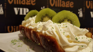 Whipped Cream with Kiwi SIGNATURE Chimney Cake