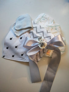 Nappy Cake Owl | White with Boats | Unisex Baby - Nappie Cakes