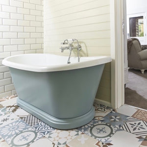 Freestanding Painted Boat Bath Fish Hotel