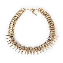 NECKLACE WITH SPIKES AND CRYSTALS