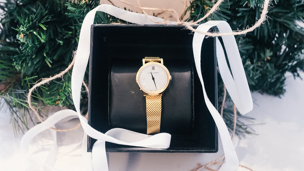 Larsson & Jennings Lugano 26mm in gold