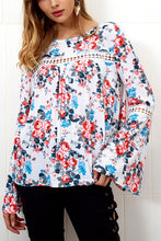 Round Neck  Floral Printed  Bell Sleeve T-Shirts