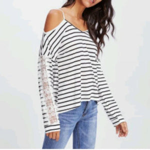 Striped Leaking Lace Sleeves Blouse