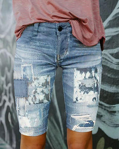 Pure Color Middle Waist Broken Holes Denim Shorts
