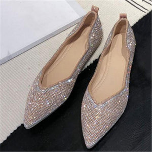 Women's Fashion Bright Diamond Pointed Flat Sandals