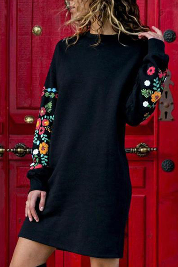 Round Neck  Floral Printed  Long Sleeve Casual Dress