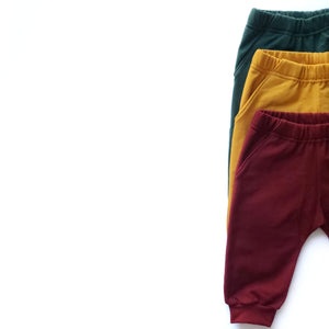 Cropped Joggers in red, yellow and green