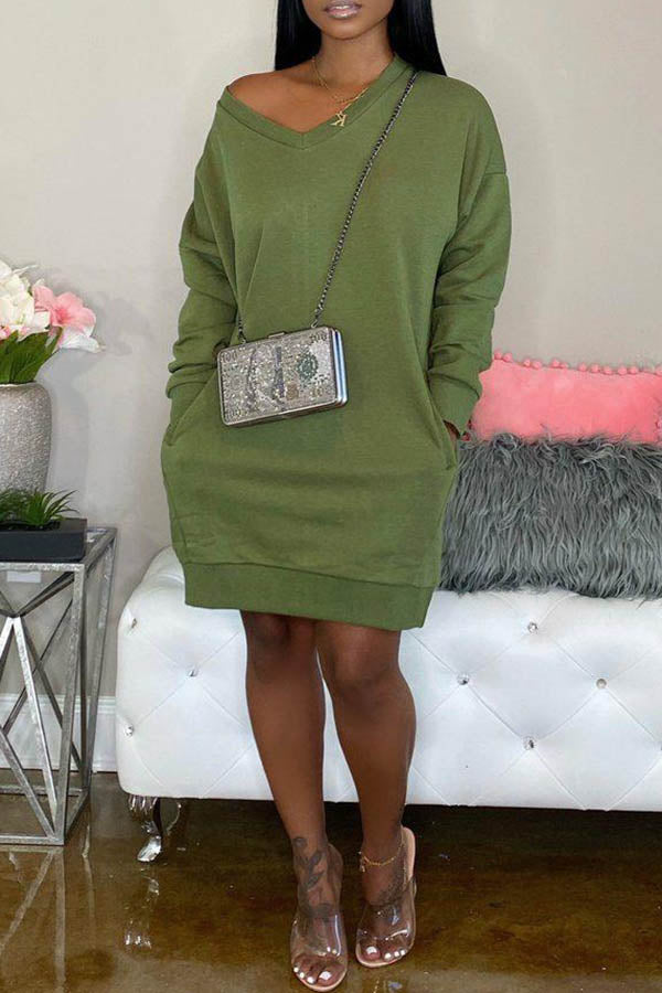 Loose Long Sleeve V-Neck Solid Dress