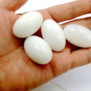White Polished Jade Yoni Egg Set, 3 Pieces