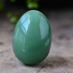 Natural Shiny Green Aventurine Yoni Egg