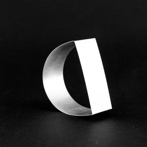 Detail of MOON bracelet in silver 925