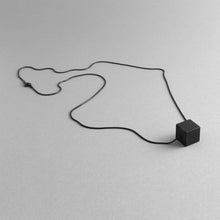 Load image into Gallery viewer, Detail of Black MODULOUNO necklace