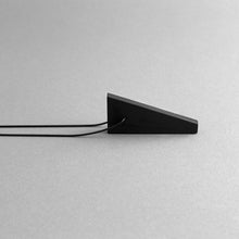 Load image into Gallery viewer, Detail of Black MODULOCINQUE necklace