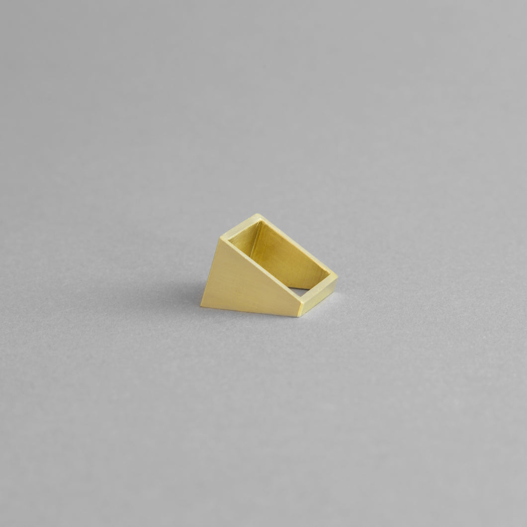 BRASS SQUARE RING