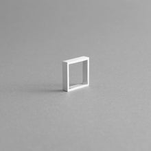 Load image into Gallery viewer, Detail of the Aluminium square ring