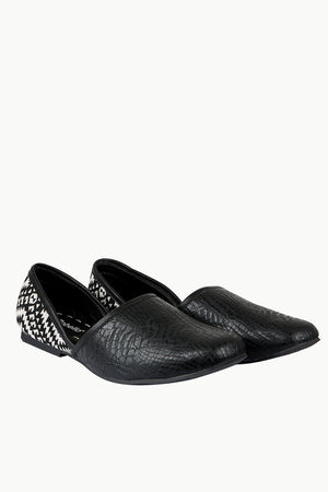Men's Faux Leather Black Juttis