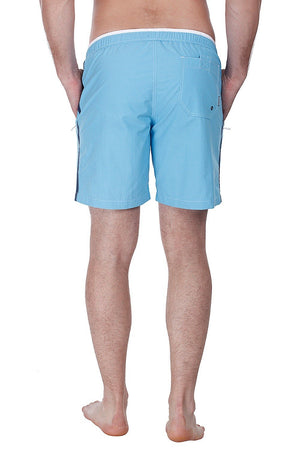 Swim shorts with zipper side pockets