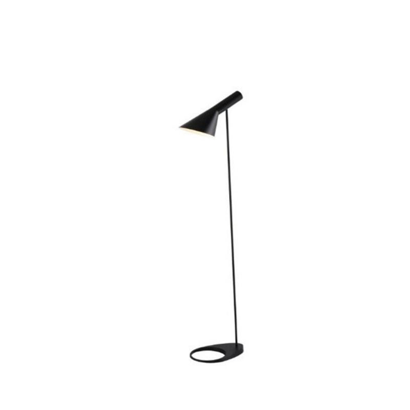 Noir Floor Lamp