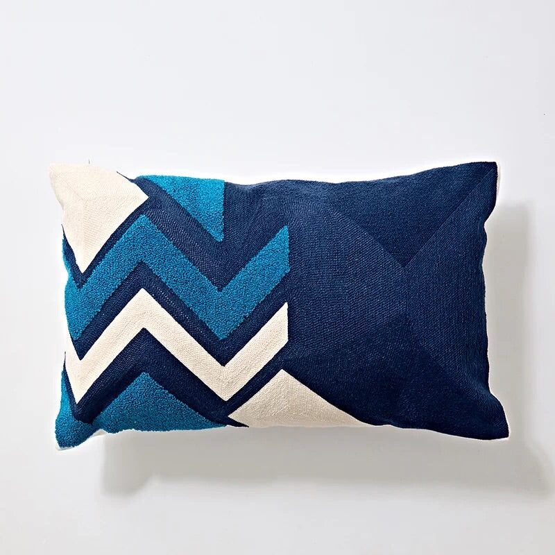 CoEmbroidery cushion - Blue graphic long