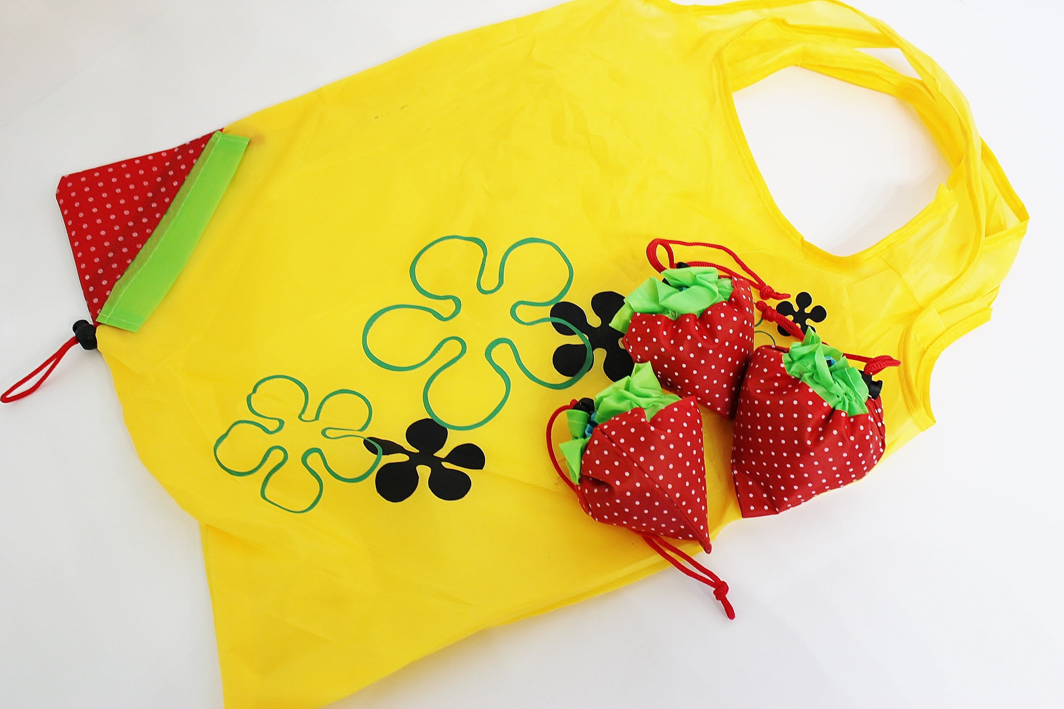 Set of 4 - Strawberry Foldable/Reusable Eco-Friendly Shopping Bags