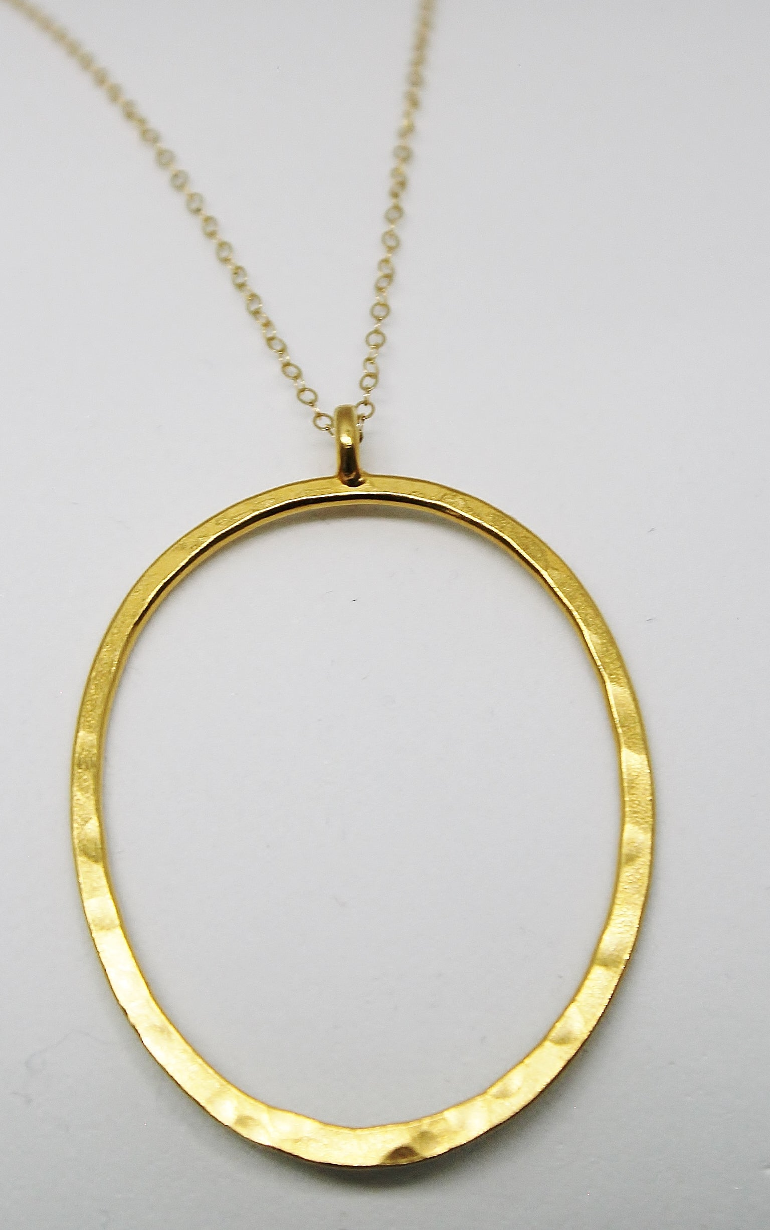 GOLD LARGE OVAL PENDANT LONG CHAIN NECKLACE