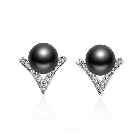 V-shaped Pearl Earrings