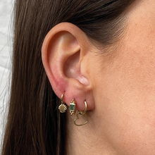 Load image into Gallery viewer, #91 Shell Earring