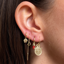 Load image into Gallery viewer, #115 The Puck Chain Earring