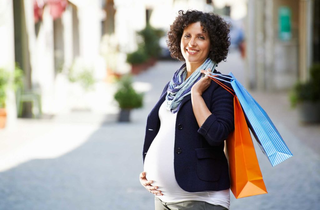 Maternity Clothes: Choosing What Works for You