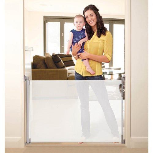 baby proofing with the dreambaby door gate to make sure your baby is safe