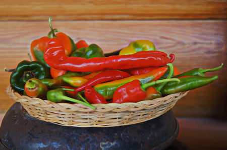 Eating spicy food will help induce labor. Make sure to eat carefully not to get heartburn.