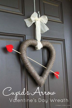 fun-diy-valentines-day-decorations-cupid-wreath