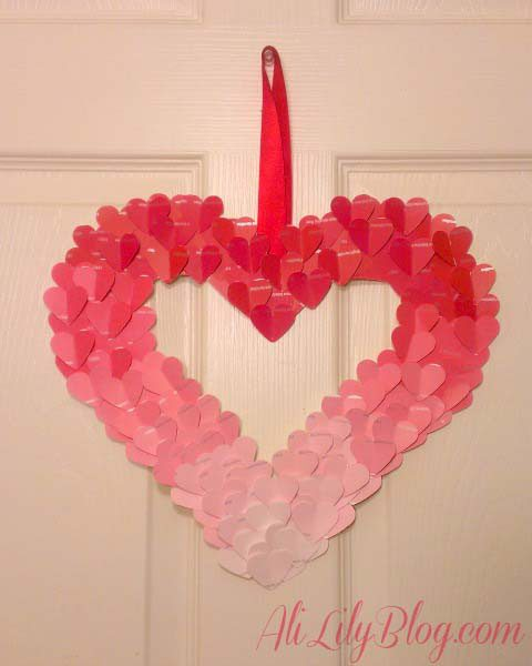 Fun DIY Valentines Day Decorations wreath