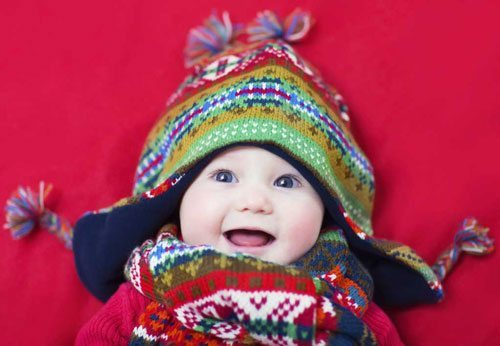 keeping-your-baby-warm-during-the-winter-baby-wearing-beanie