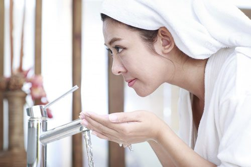 simple beauty tips for clear skin for busy moms