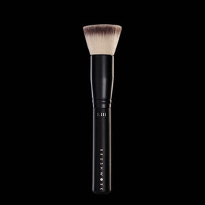 I.III THE AIRBRUSH POWDER FOUNDATION BRUSH