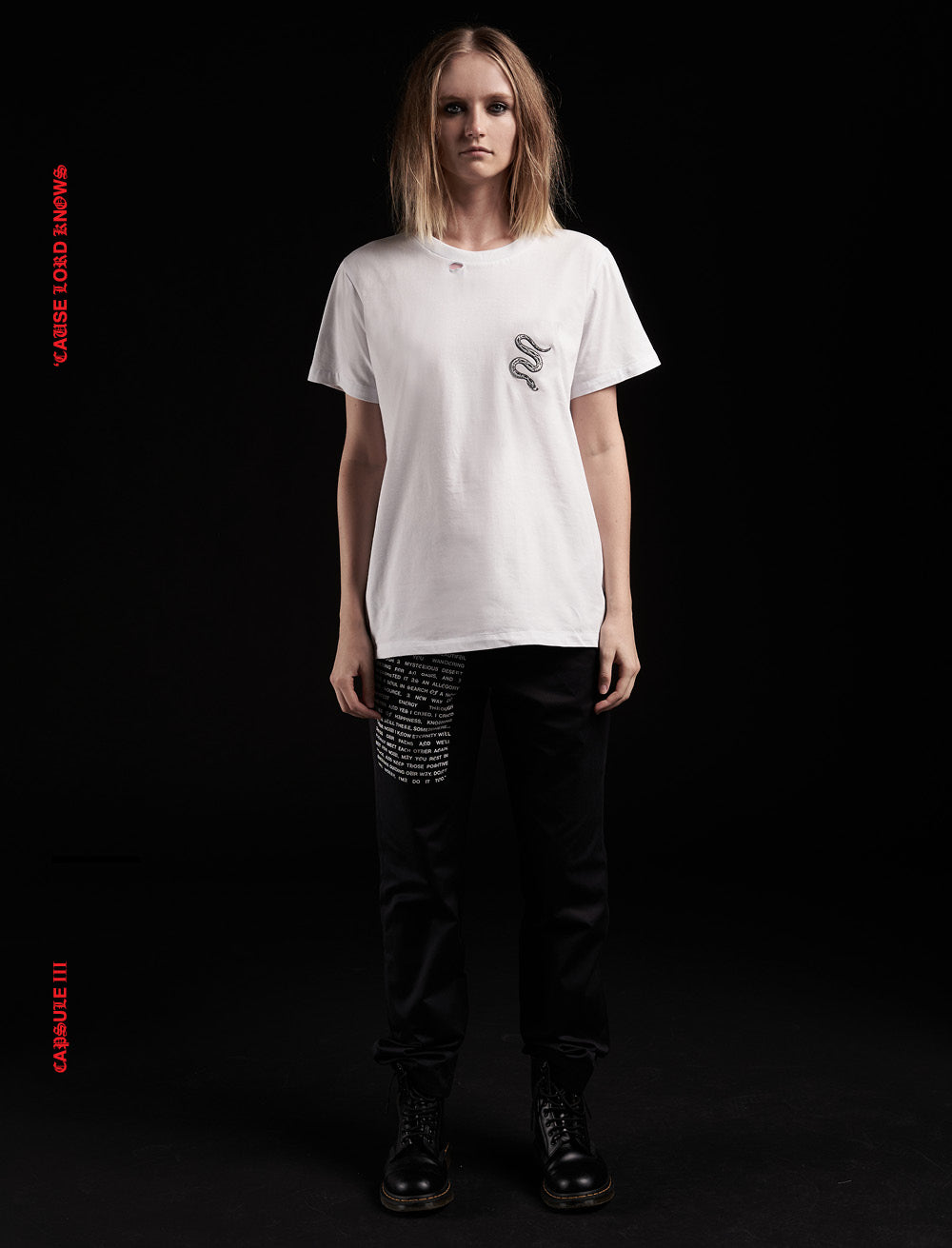 SNAKE PATCH T_SHIRT [WHITE] // RIPPED COLLAR