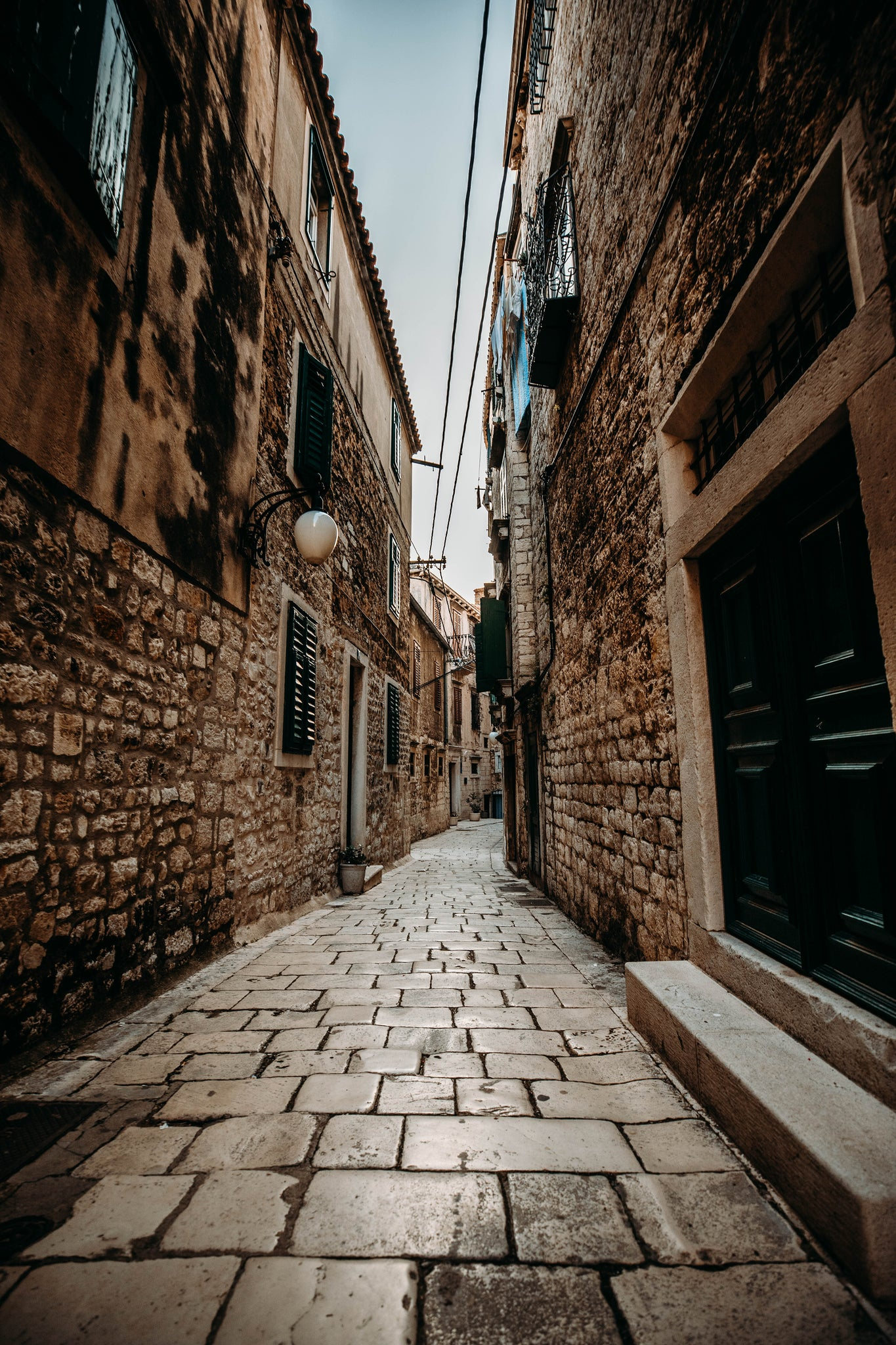 Narrow street šibenik - game of Thrones